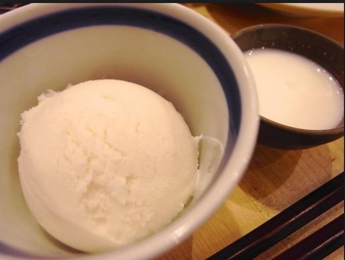 こぼれ梅で作れる酒粕アイス