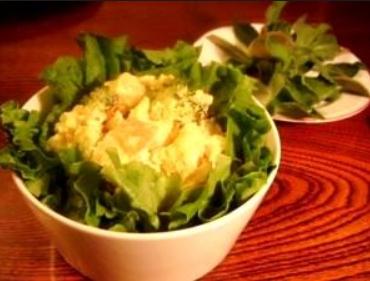 じゃがいもとブロッコリーの酒粕サラダ