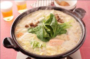 酒粕と鮭の味噌鍋