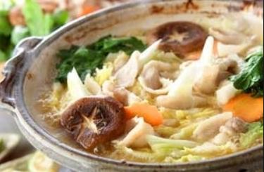 豚バラ肉と野菜の味噌酒粕鍋