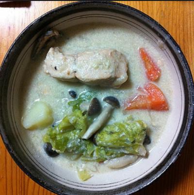 酒粕と鮭の豆乳シチュー
